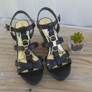 🆕️Marc Fisher | Genny Blk Leather Wedges Sz 8M